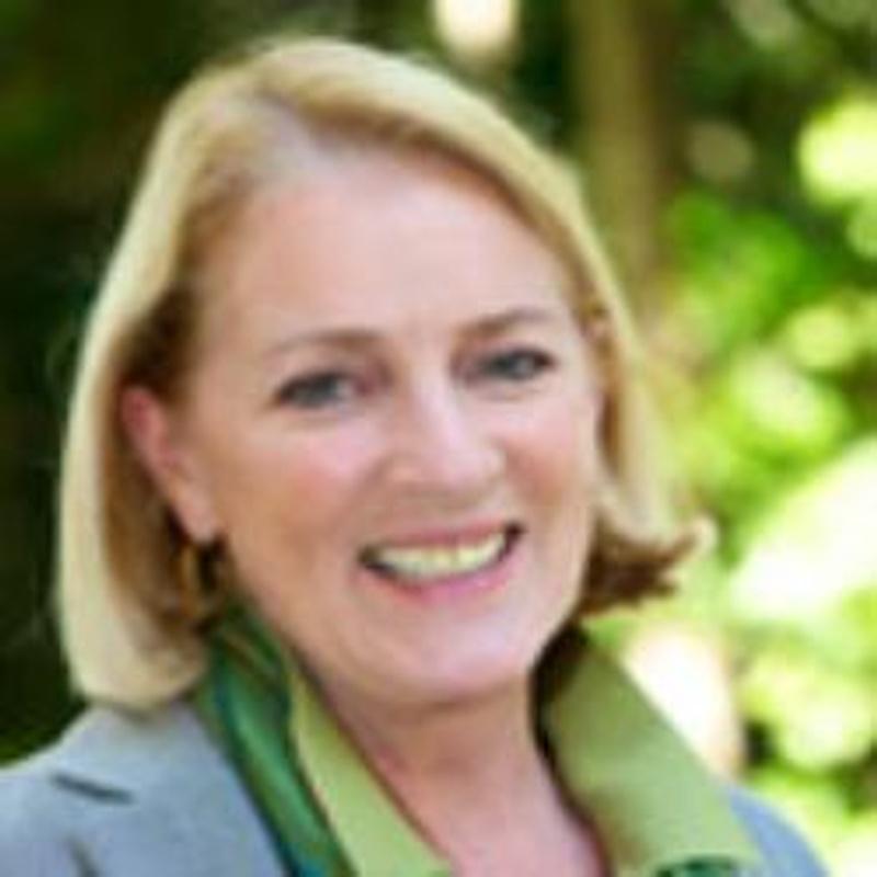 Dr Sally Ashton-Hay