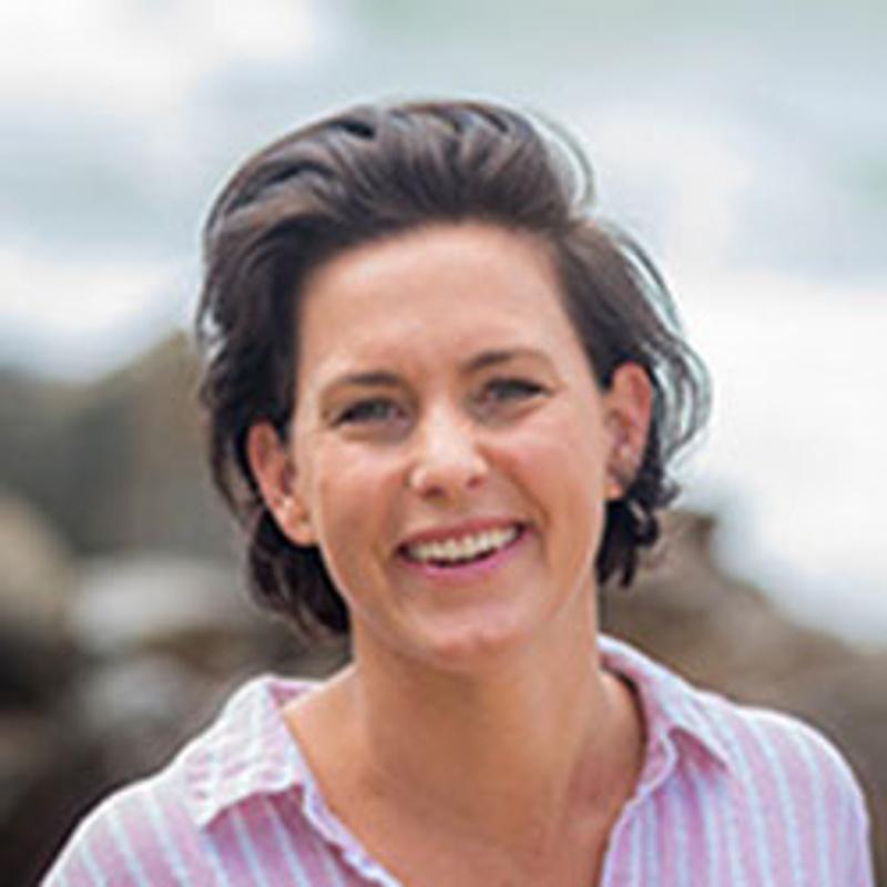 Dr Anna Scott