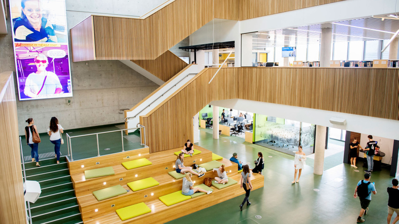 Students in the Learning Centre at Lismore campus